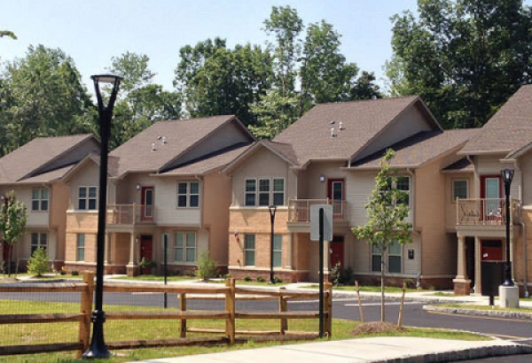 The Willows at Cedar Knolls - Formerly Saddlebrook Court